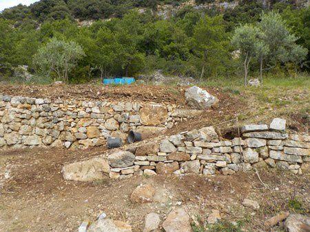restauration de soutènements et création d'une entrée de champs à Sisteron (Alpes-de-Haute-Provence)