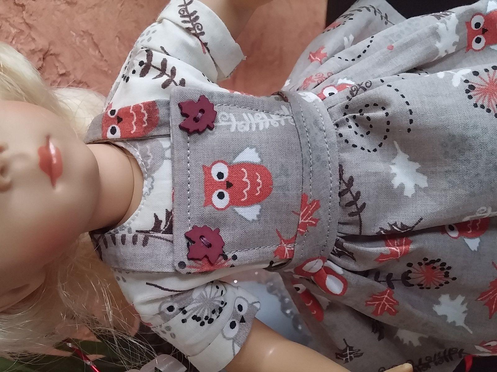 Melle Minouche et sa tenue &quot&#x3B;Galure &quot&#x3B;