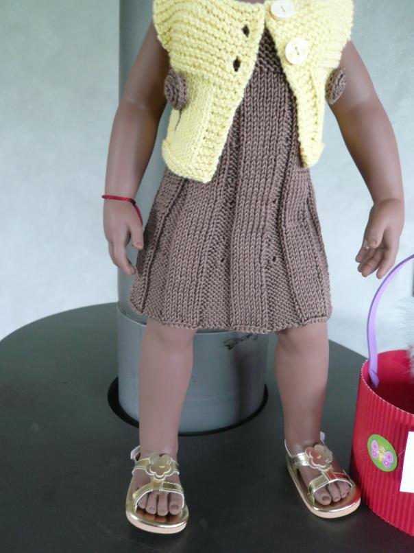 Melle Célie en tenue de Pâques