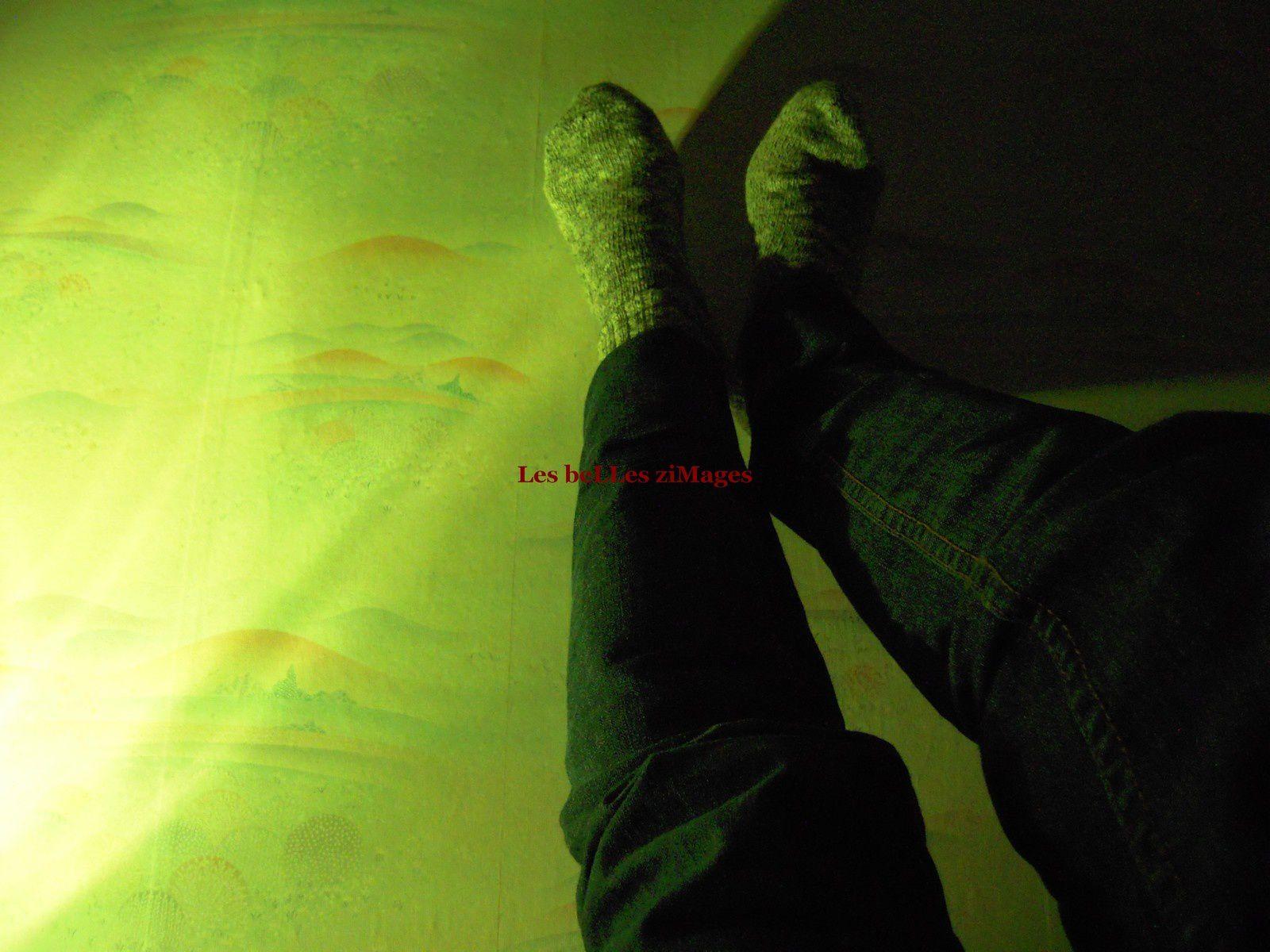 Les pieds dans la lumière