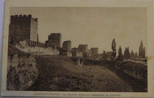 Constantinople - La grande muraille terrestre de Byzance