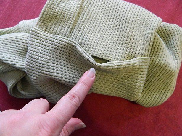 puis terminez l'espace restant par une couture à la main