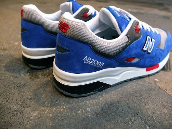 New Balance ML999 and CM1600 &quot&#x3B;Barber&quot&#x3B; pack.