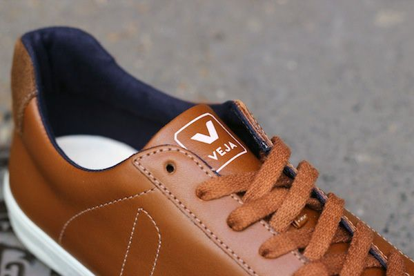 Veja Esplar Leather White, Camel &amp&#x3B; Black