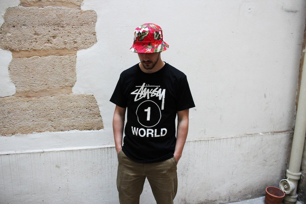Stussy T-Shirts &quot&#x3B;World Tour&quot&#x3B;, &quot&#x3B;One World&quot&#x3B;, &quot&#x3B;4Fade&quot&#x3B;, &quot&#x3B;Dilla Turn It Up&quot&#x3B;