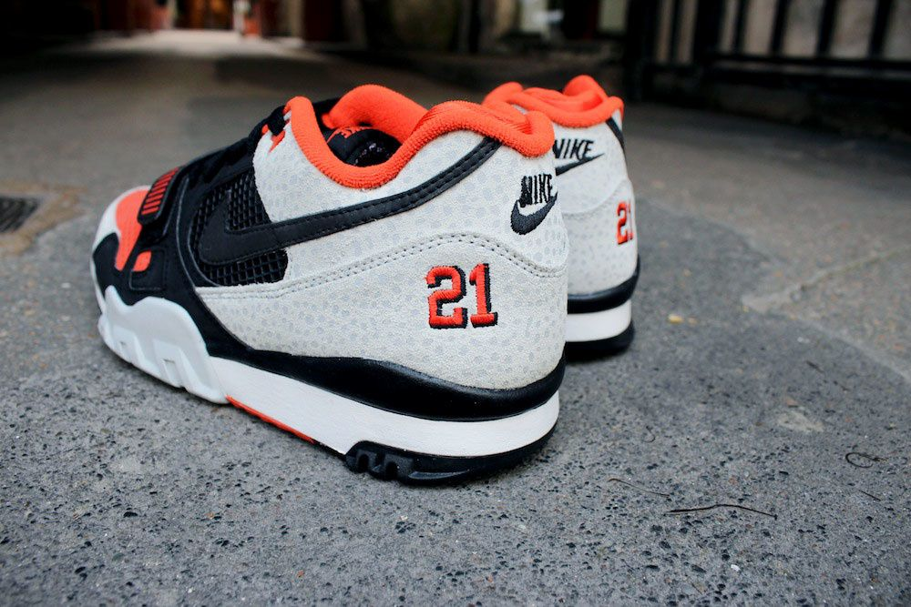 Nike Air Trainer 2 PRM QS &quot&#x3B;Barry Sanders&quot&#x3B;