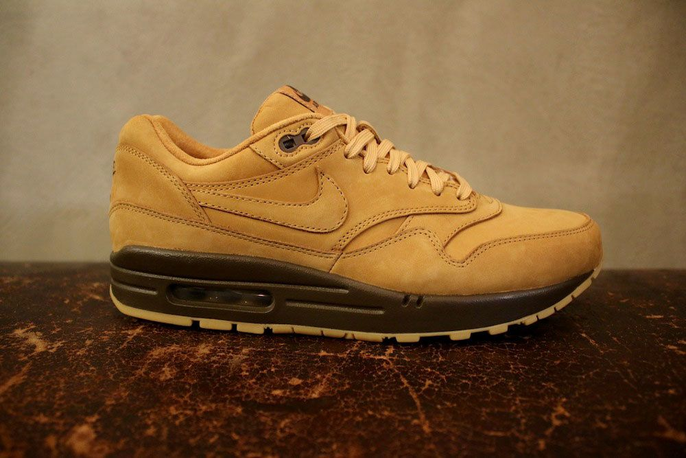 Nike Sportswear &quot&#x3B;Flax&quot&#x3B; Collection