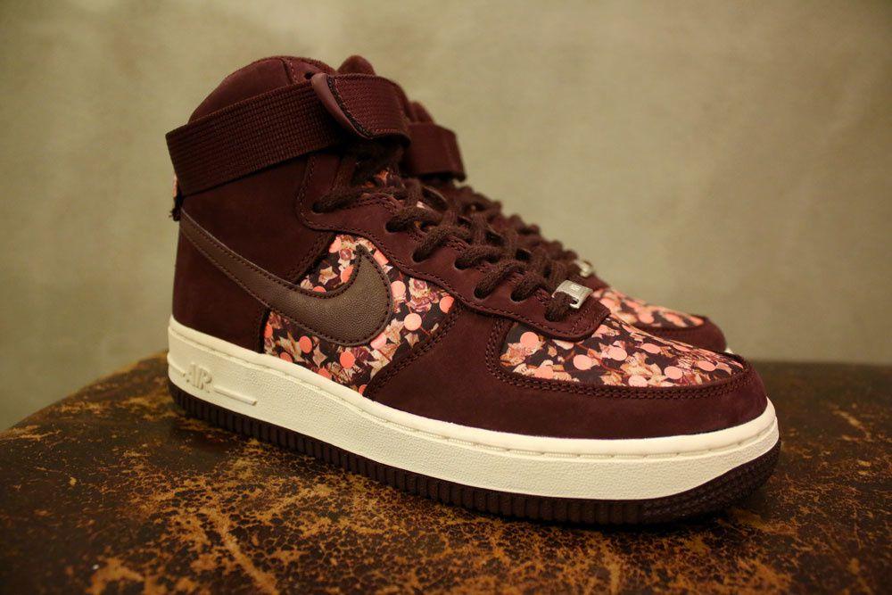 Liberty Of London X Nike &quot&#x3B;Belmont Ivy&quot&#x3B; Pack