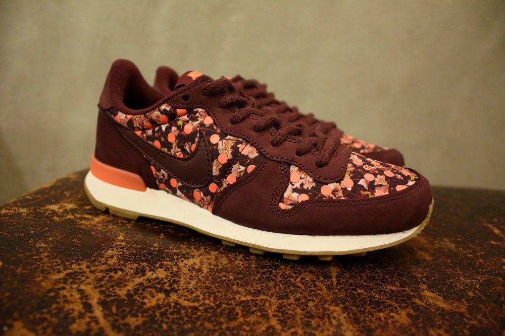 Liberty Of London X Nike &quot&#x3B;Belmont Ivy&quot&#x3B; Pack