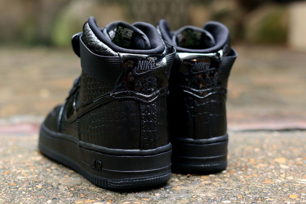 Wmns Nike Air Force 1 PRM
