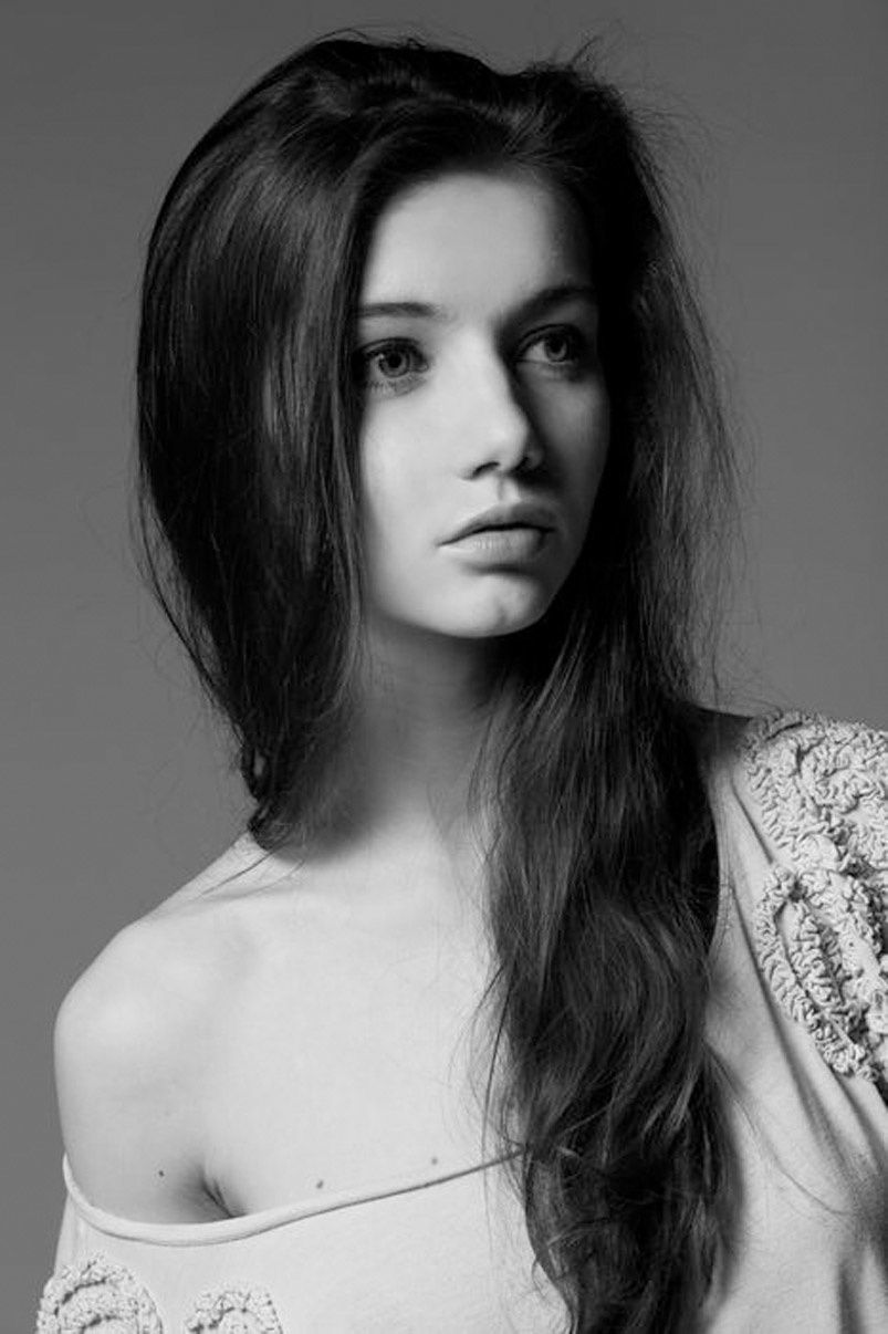 Fashion Model, Style inspiration, Fashion photography, Long hair