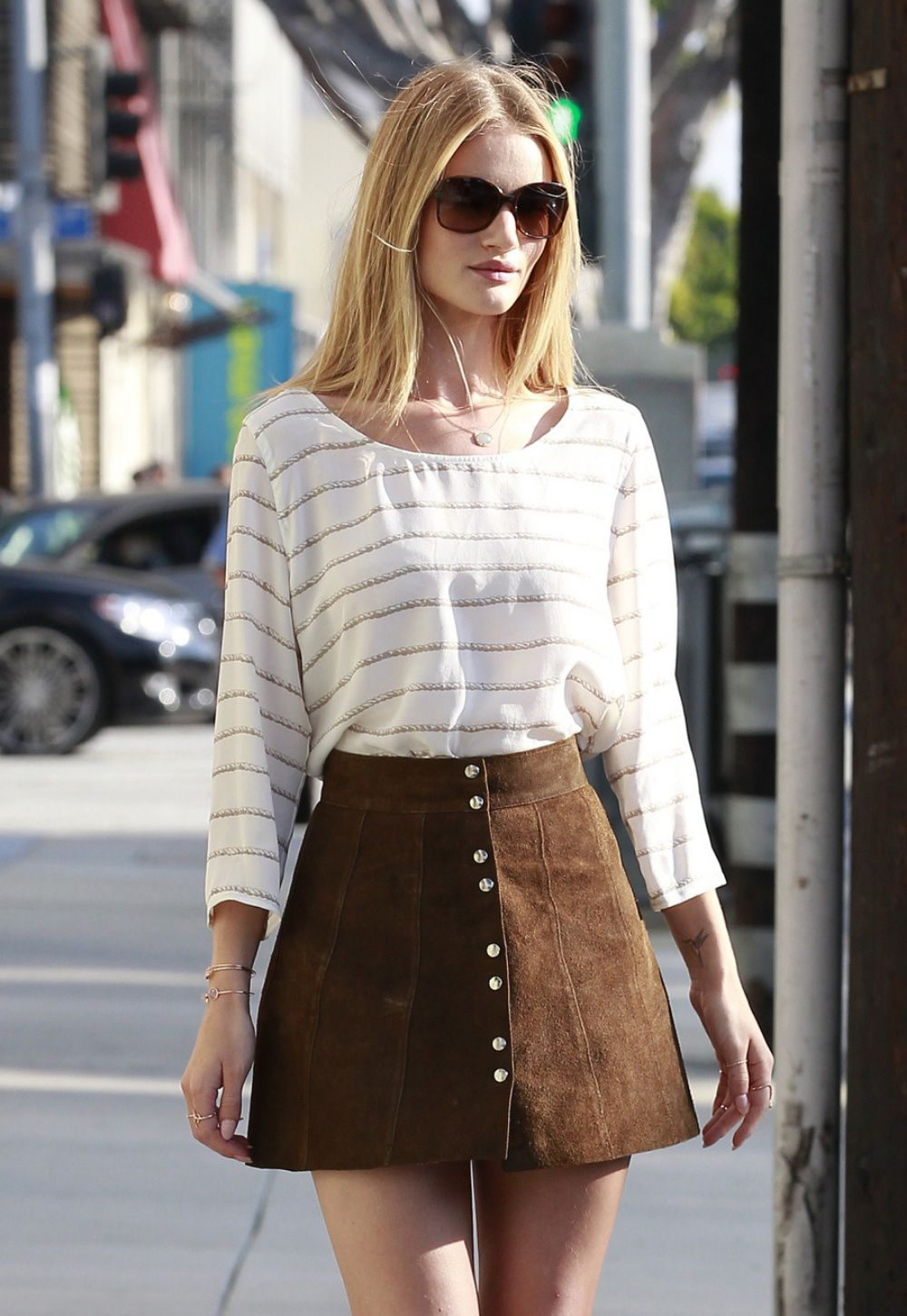 GET THE LOOK: BUTTON DOWN SKIRTS | Little Plastic Horses | Bloglovin'