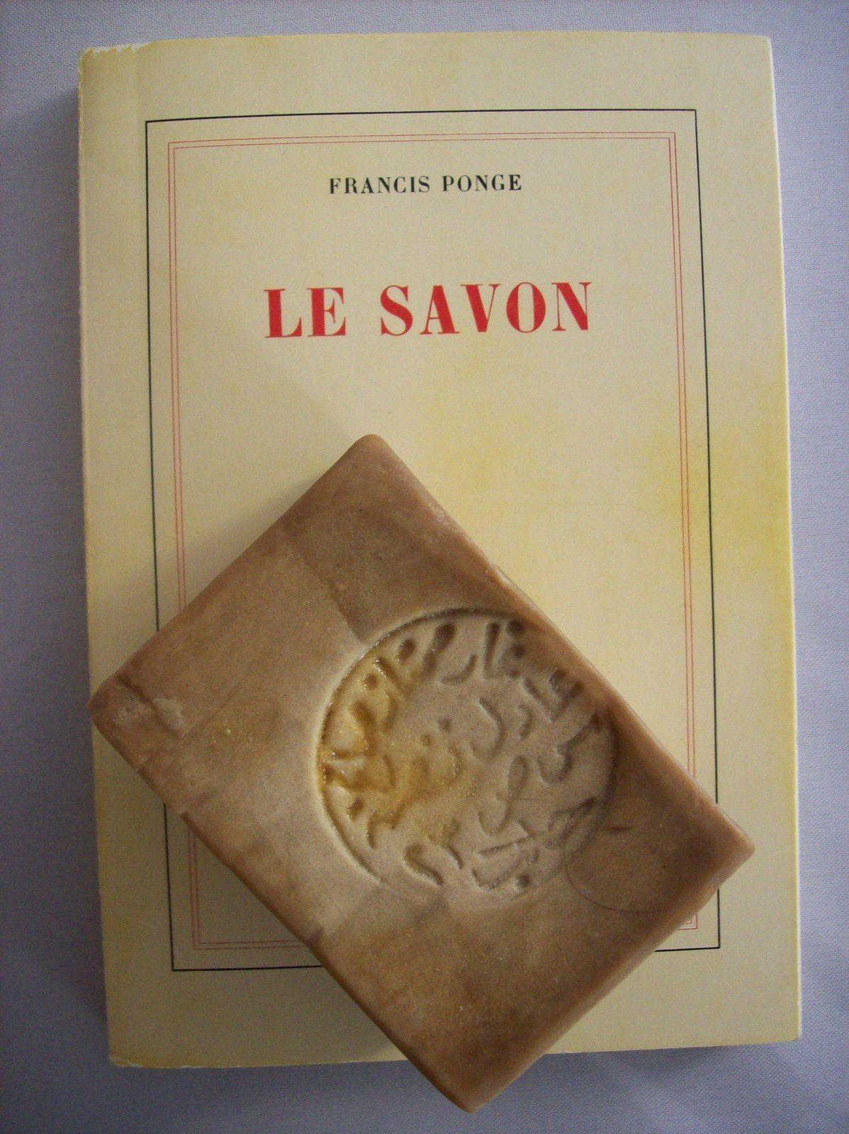 Couverture de Le Savon de Francis Ponge (ed Gallimard de 1967)/ pages 30,31/ Savon d'Alep (Syrie...)