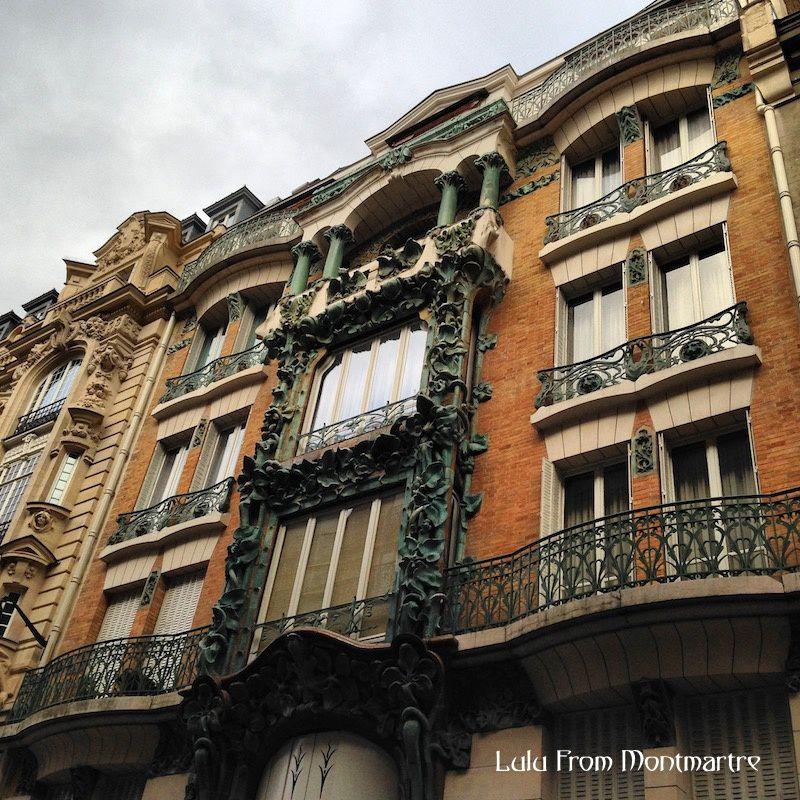 09. Façade Art Nouveau, Paris 75009
