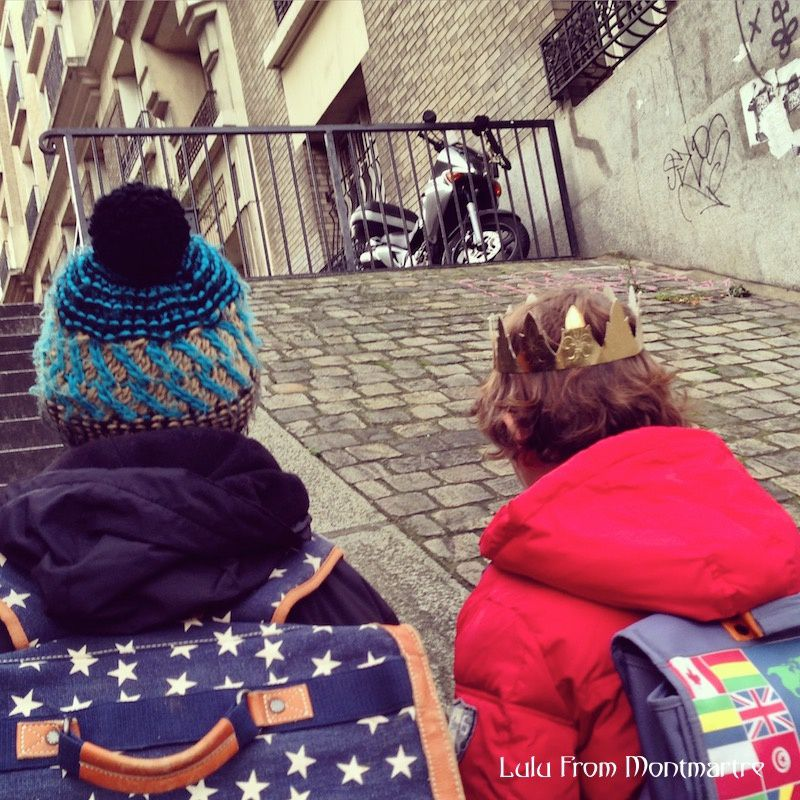 07. Sortie d'école, Montmartre 75018