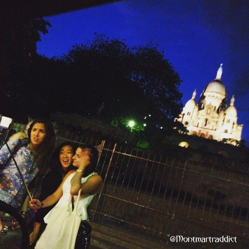 15. Selfie nocturne à Montmartre, 75018