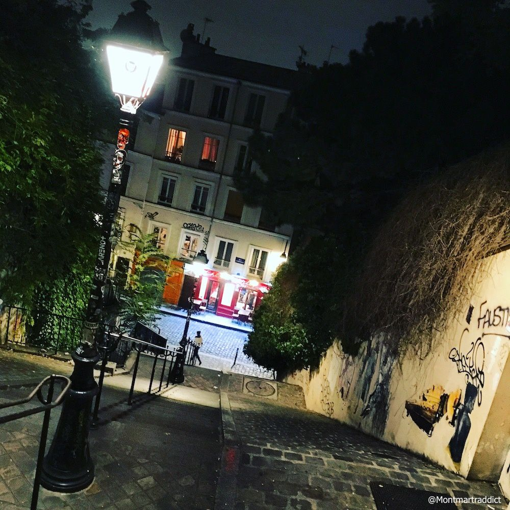 10. Montmartre by night, 75018