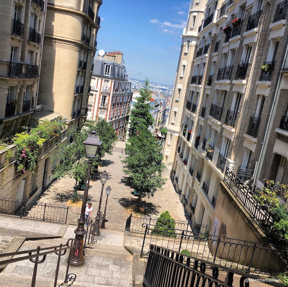 06. Sunny day in Montmartre, 75018