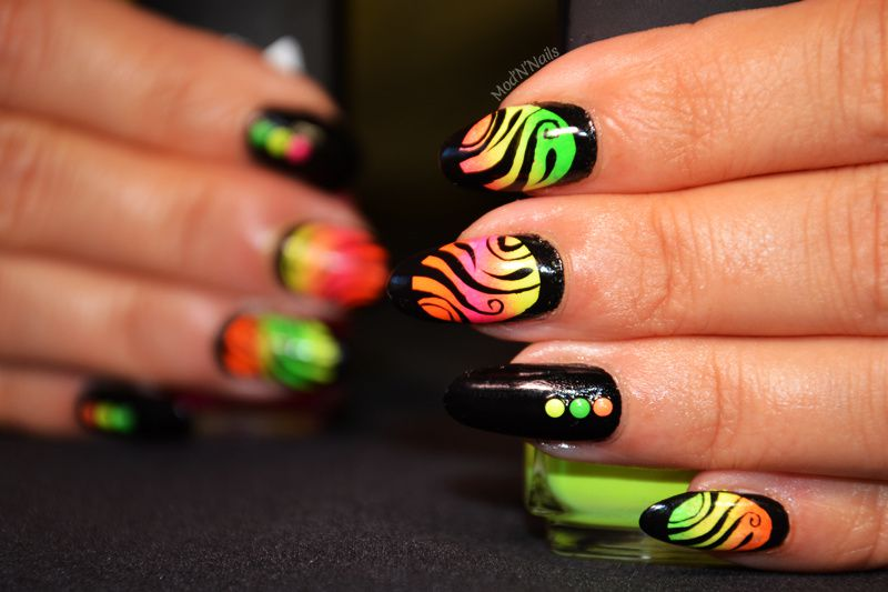 Framed Nails fluo