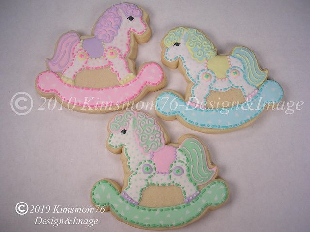 how to decorate a rocking horse cookie