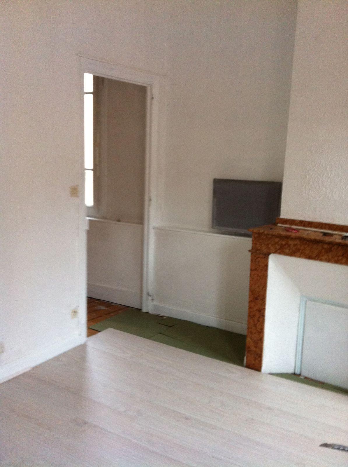Pose de parquet dans appartement ancien guillemetpatrick - Pose d une chambre implantable ...