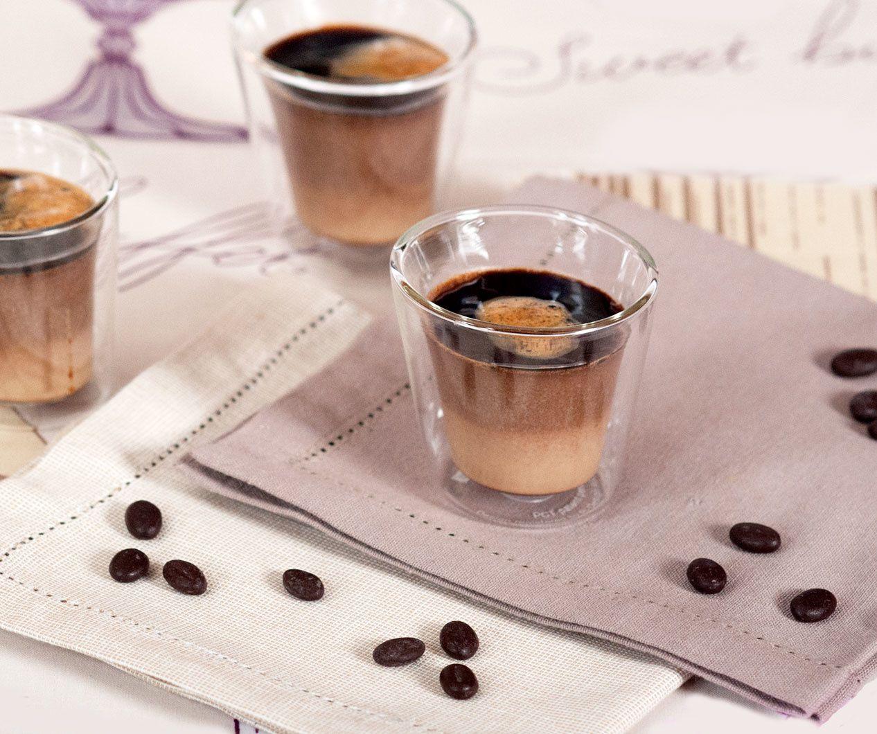 Panna cotta praliné-chocolat, coulis de café