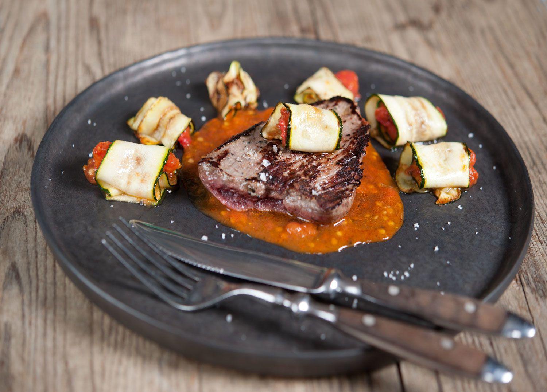 Dernier barbecue, dernière plancha, rumsteck aux 3 poivres et tomates