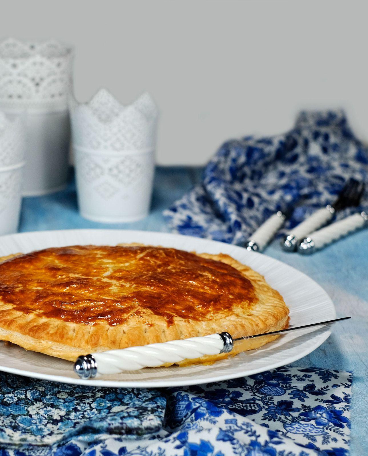 Galette des rois fromagère : camembert et pommes