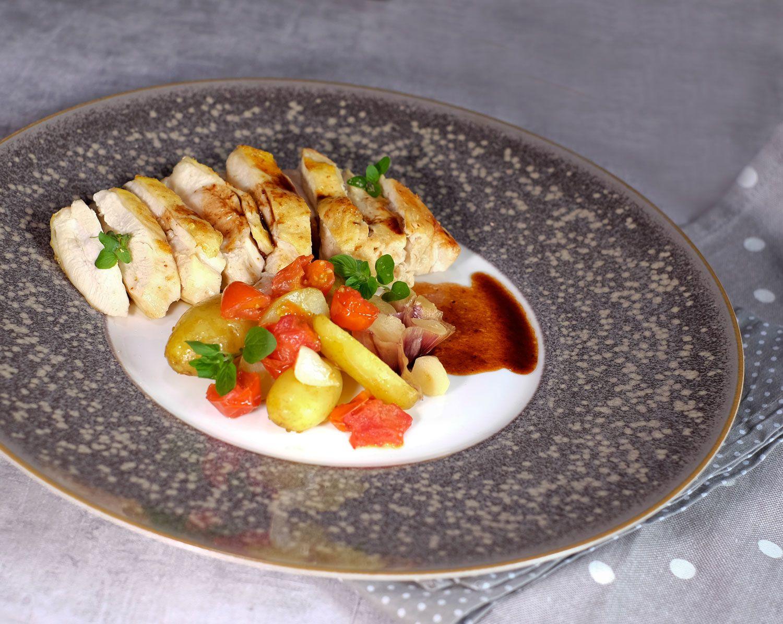 Suprême (ou escalope) de poulet au Porto, légumes en papillotes