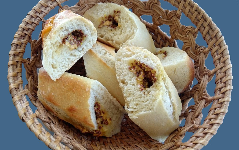 Baguettes farcies au gouda et moutarde à l'ancienne (apéritif)