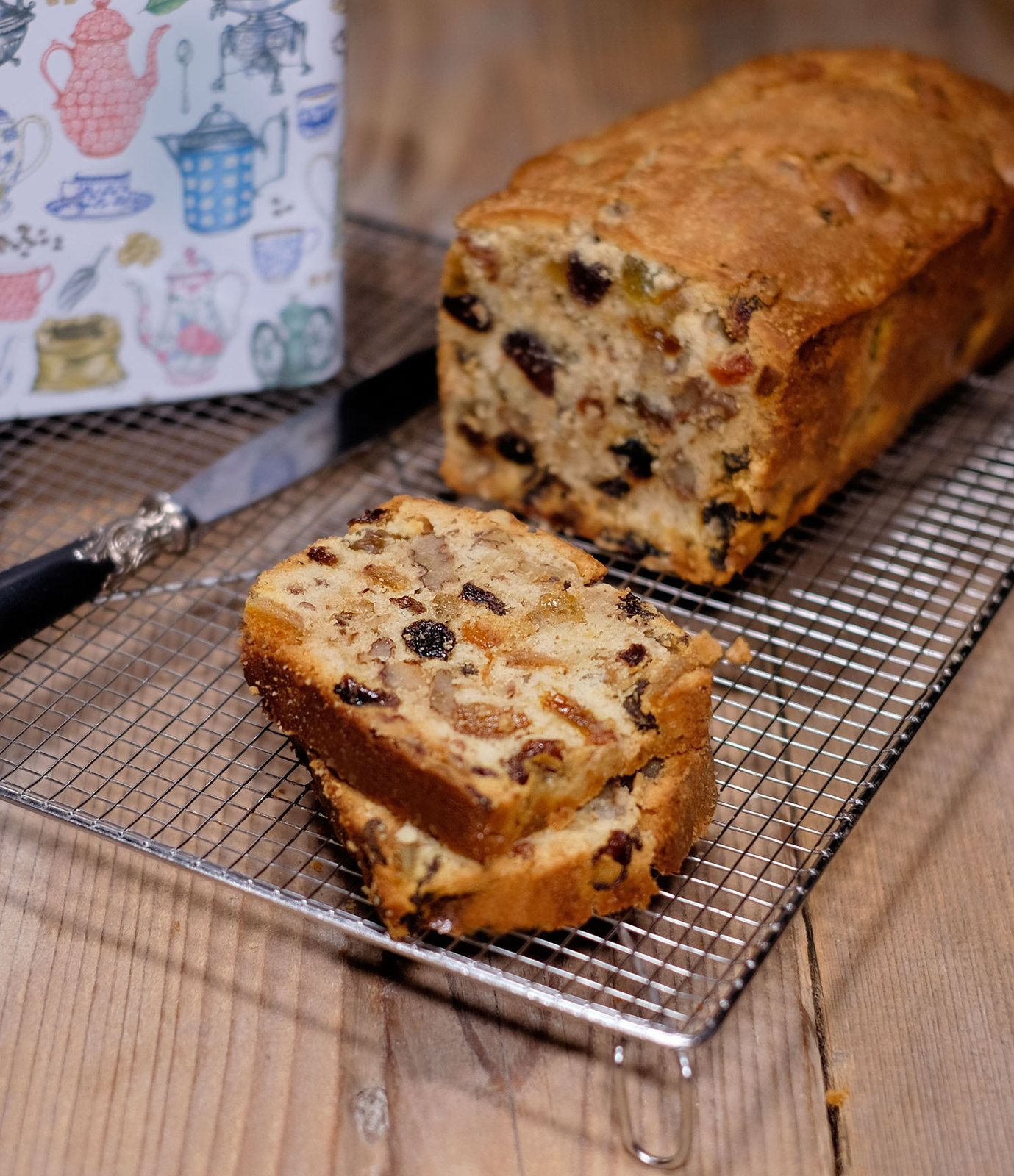 Cake aux 3 raisins, orange confite, noix et rhum (ou pas)