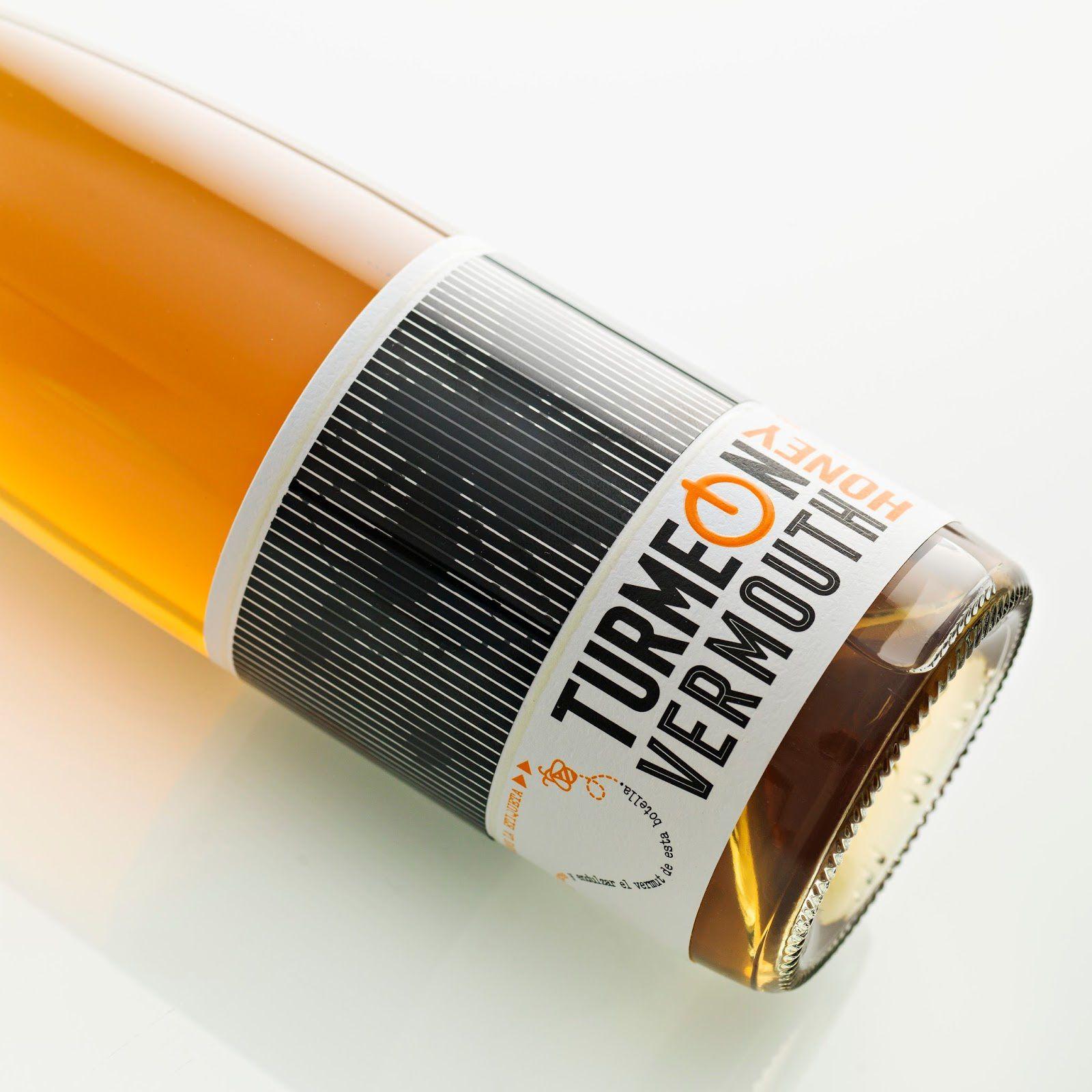 Turmeon (vin apéritif : vermouth aromatisé au miel) I Design : Turmeon, Espagne (décembre 2016)