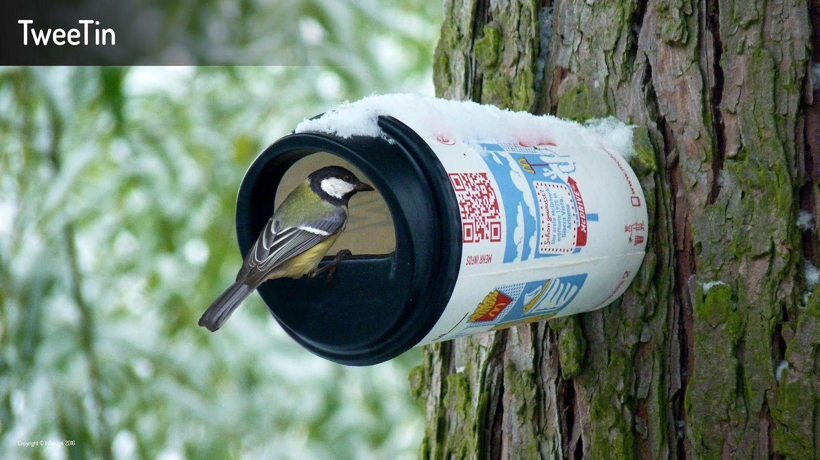 Une idée qui en jette pour recycler le gobelet de sa boisson !