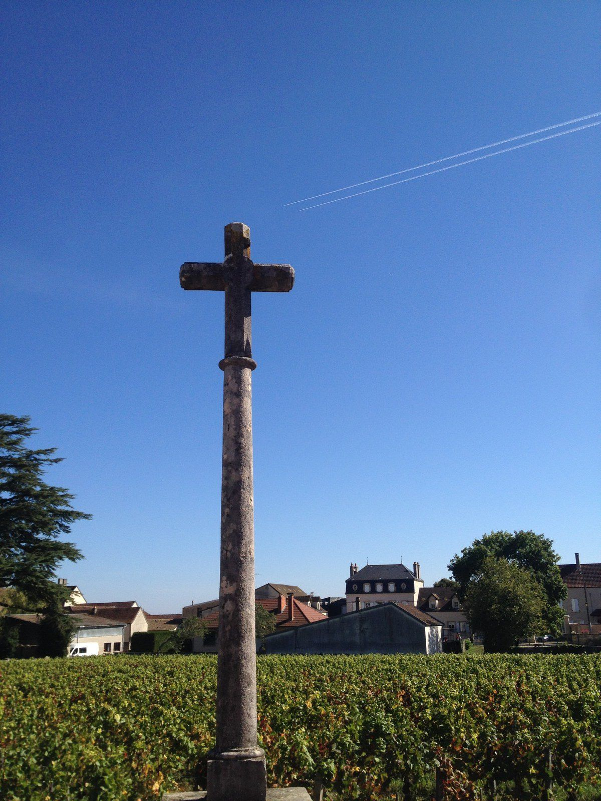 The sun is always shining on Vosne-Romanée. We'll be back !