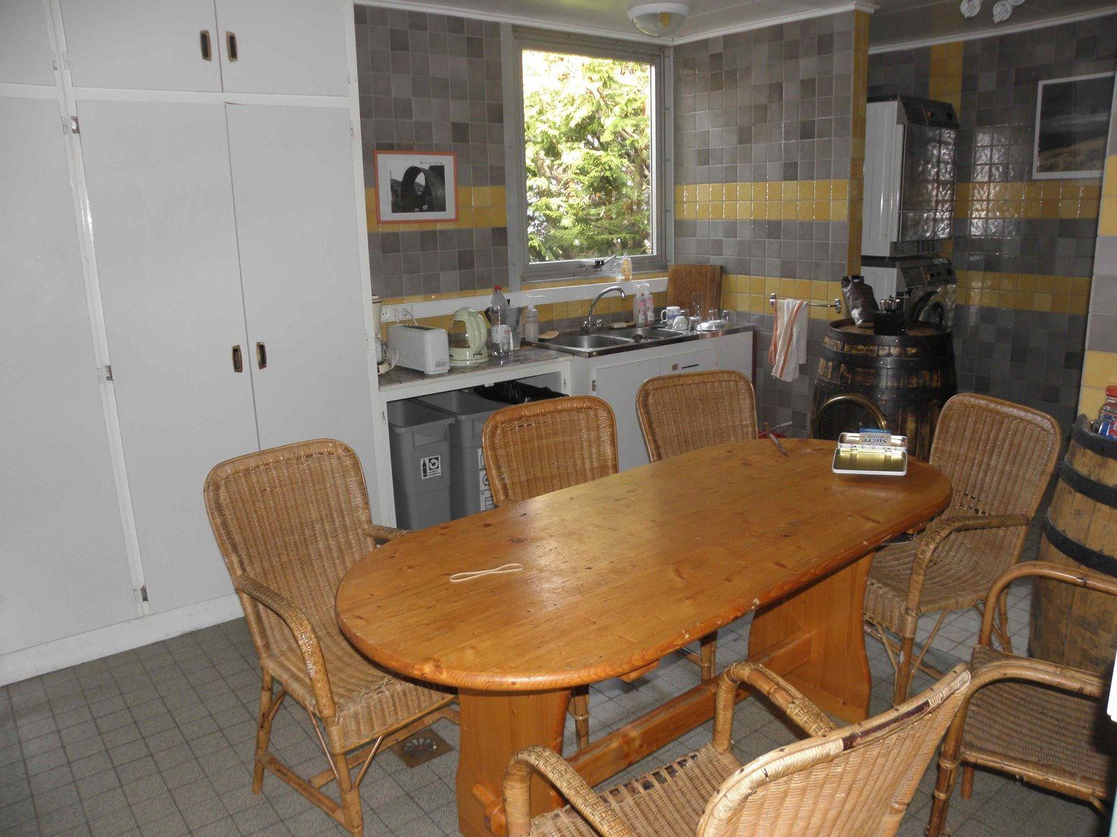 l 39 hopital du grand sud 3 samuker 64. Black Bedroom Furniture Sets. Home Design Ideas