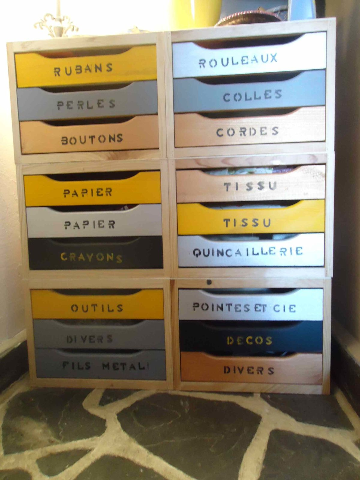 1000 ideas about commode 6 tiroirs on pinterest - Petite commode de rangement ...