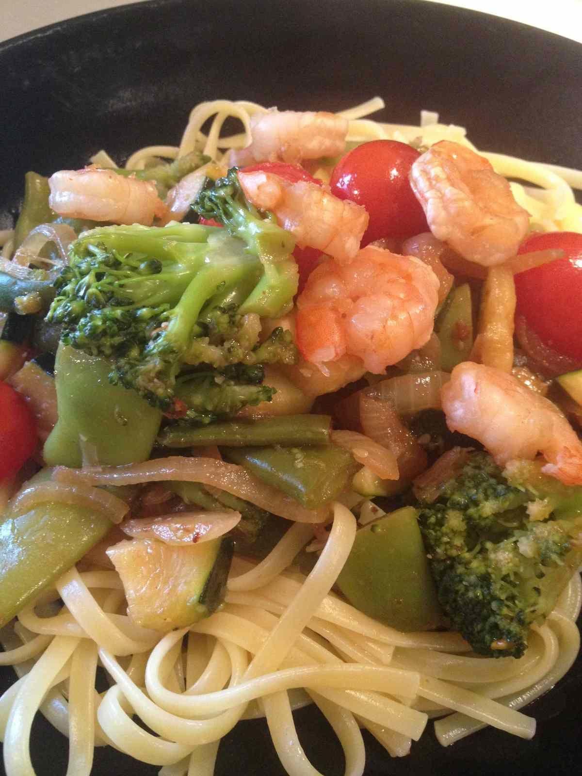 Wok de légumes aux crevettes