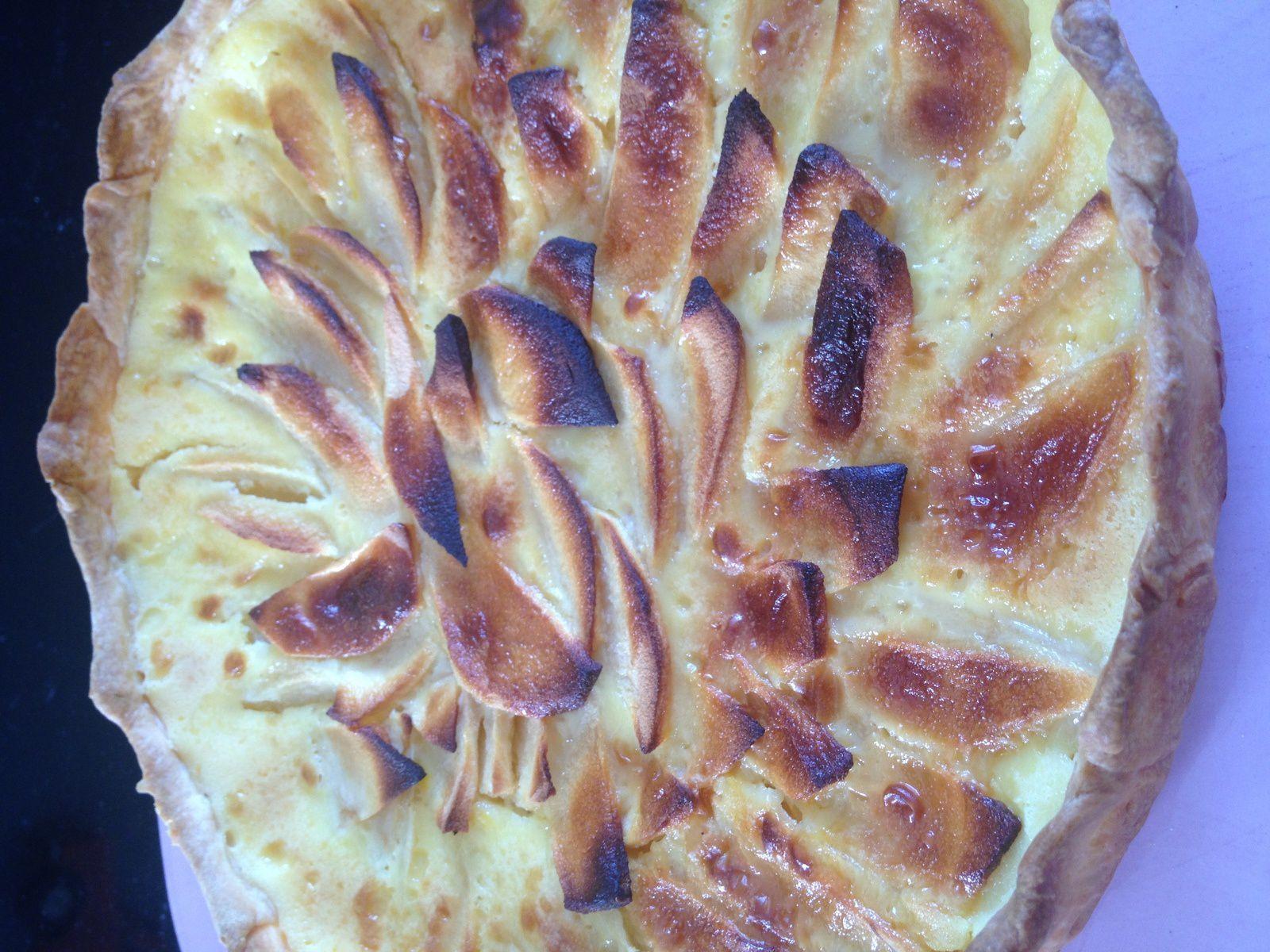 Tarte alsacienne aux pommes avec pâte brisé légère maison