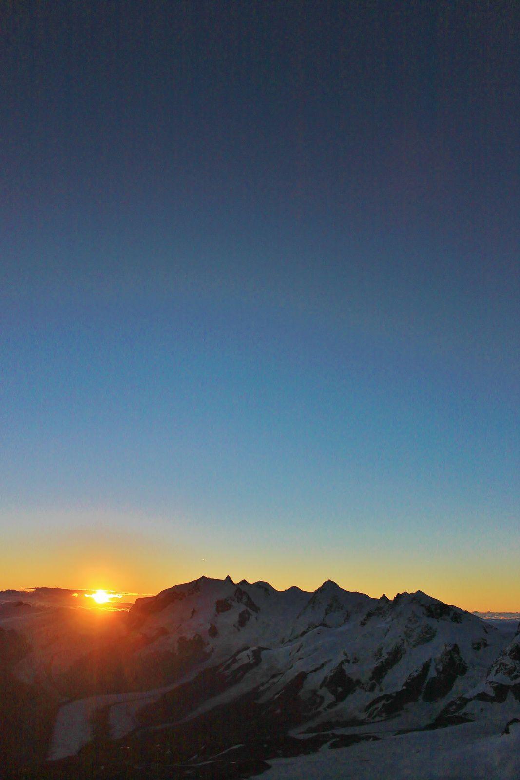 Lever de soleil depuis la cabane Solvay.