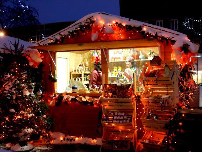 Le thème pour le Coucou du haïku du vendredi 12 : les marchés de Noël, proposition de Jill
