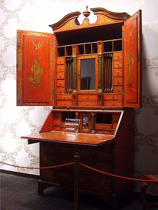 BUREAU CHIPPENDALE - https://fr.wikipedia.org/wiki/Thomas_Chippendale