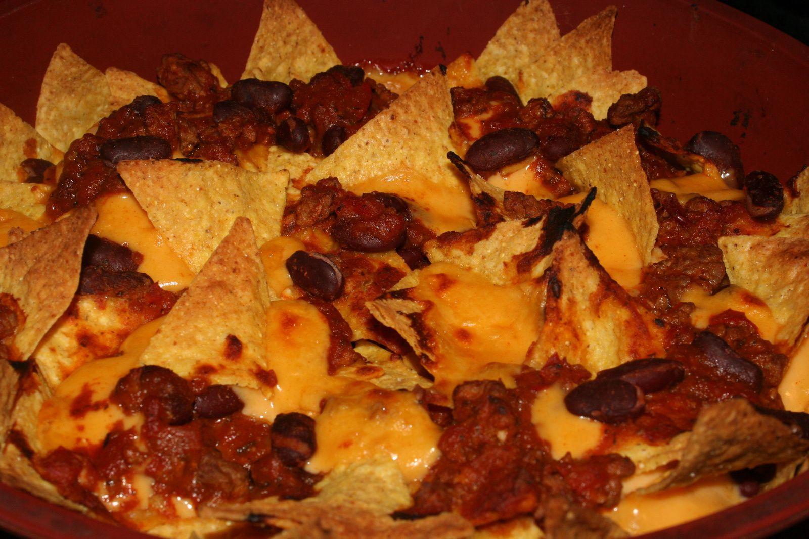 Nachos chili sauce Cheddar