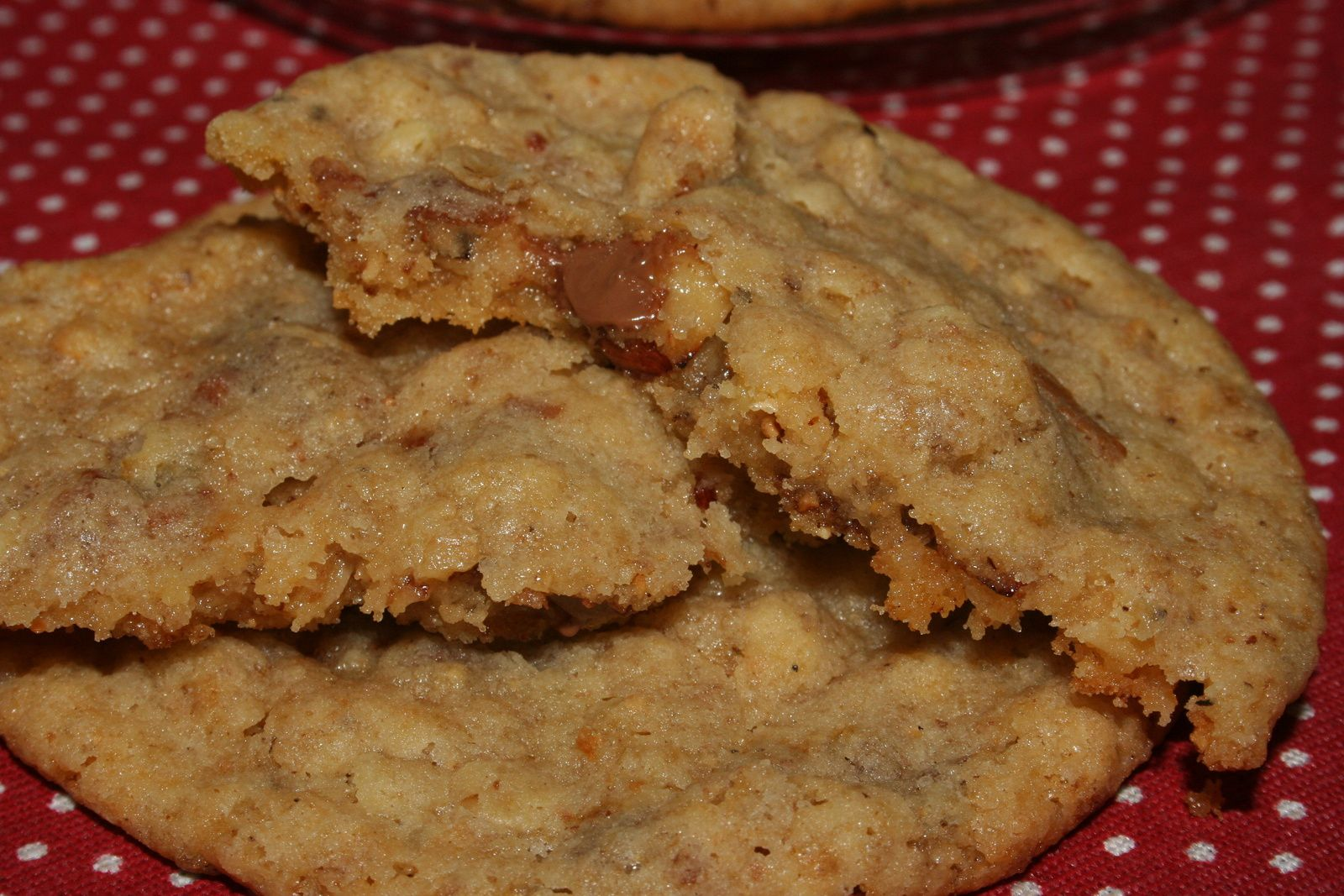 Cookies au pralin, noisettes et flocons d'avoine