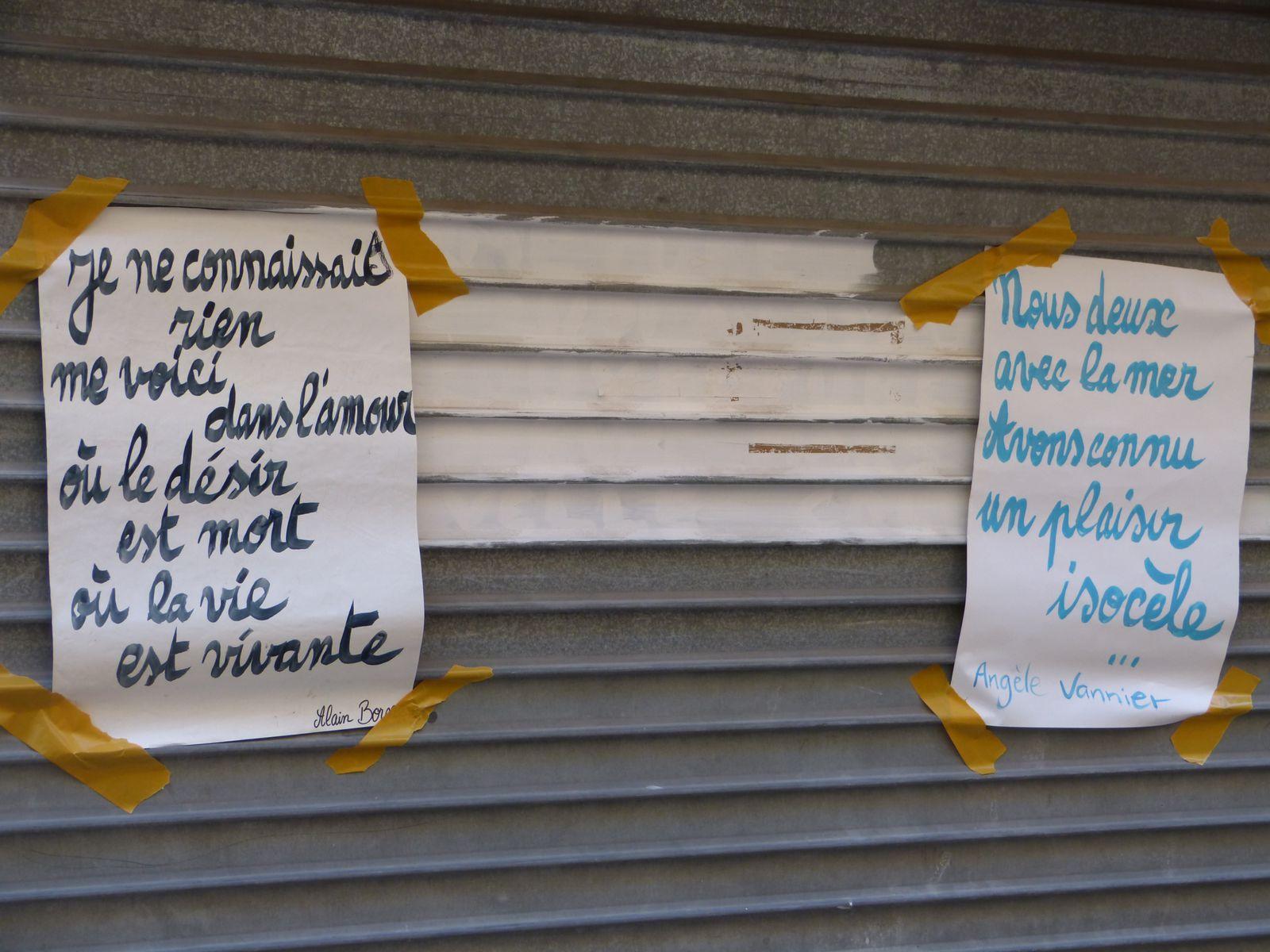 Les rues se remplissent de poèmes, de ballons et de tissus. Les papiers mâchés des collégiens de Jean Jaurès en pédagogie Freinet transforment la Place Sadi Carnot