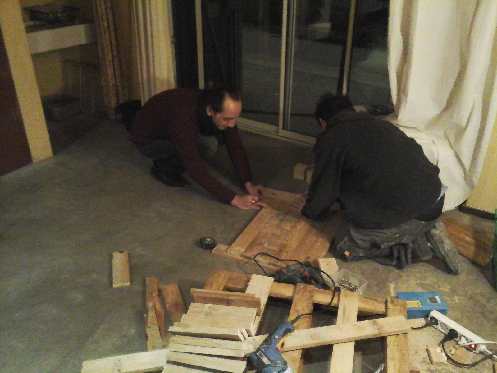 Paul et Pierre-Yves s'affairent lors de l'atelier du 6 février