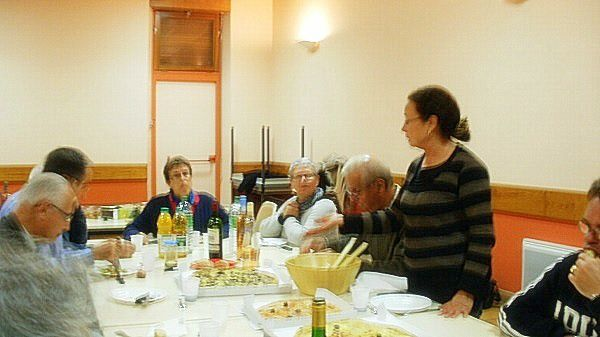 groupe lecture et de parole ; paroisse Colomiers ; salle St Jean 85 rue Gilet ; photos de Brigitte  W.