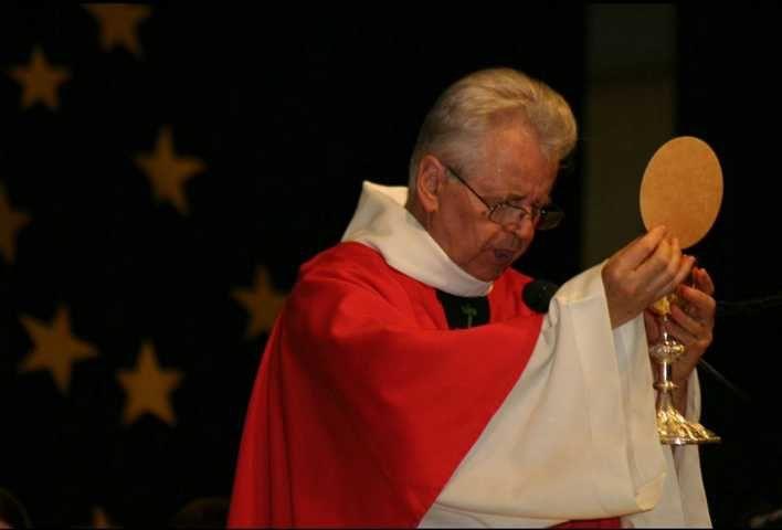 Messe de la première communion - Pentecôte 2014