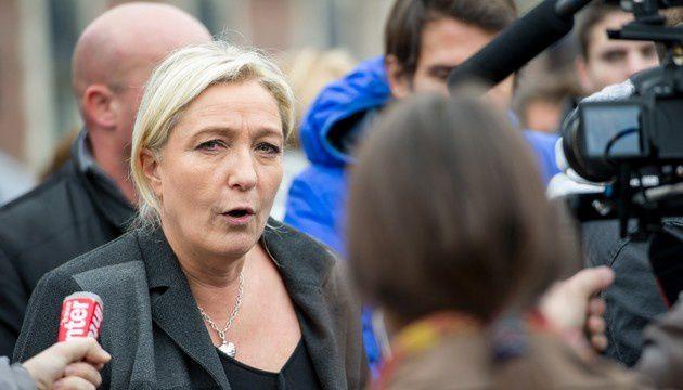 Marine Le Pen à Calais, le 24 octobre 2014