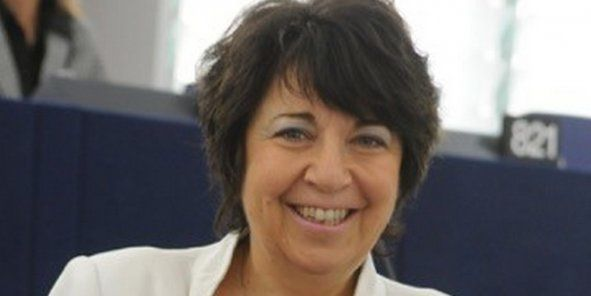 Corinne Lepage, présidente de LRC - CAP21
