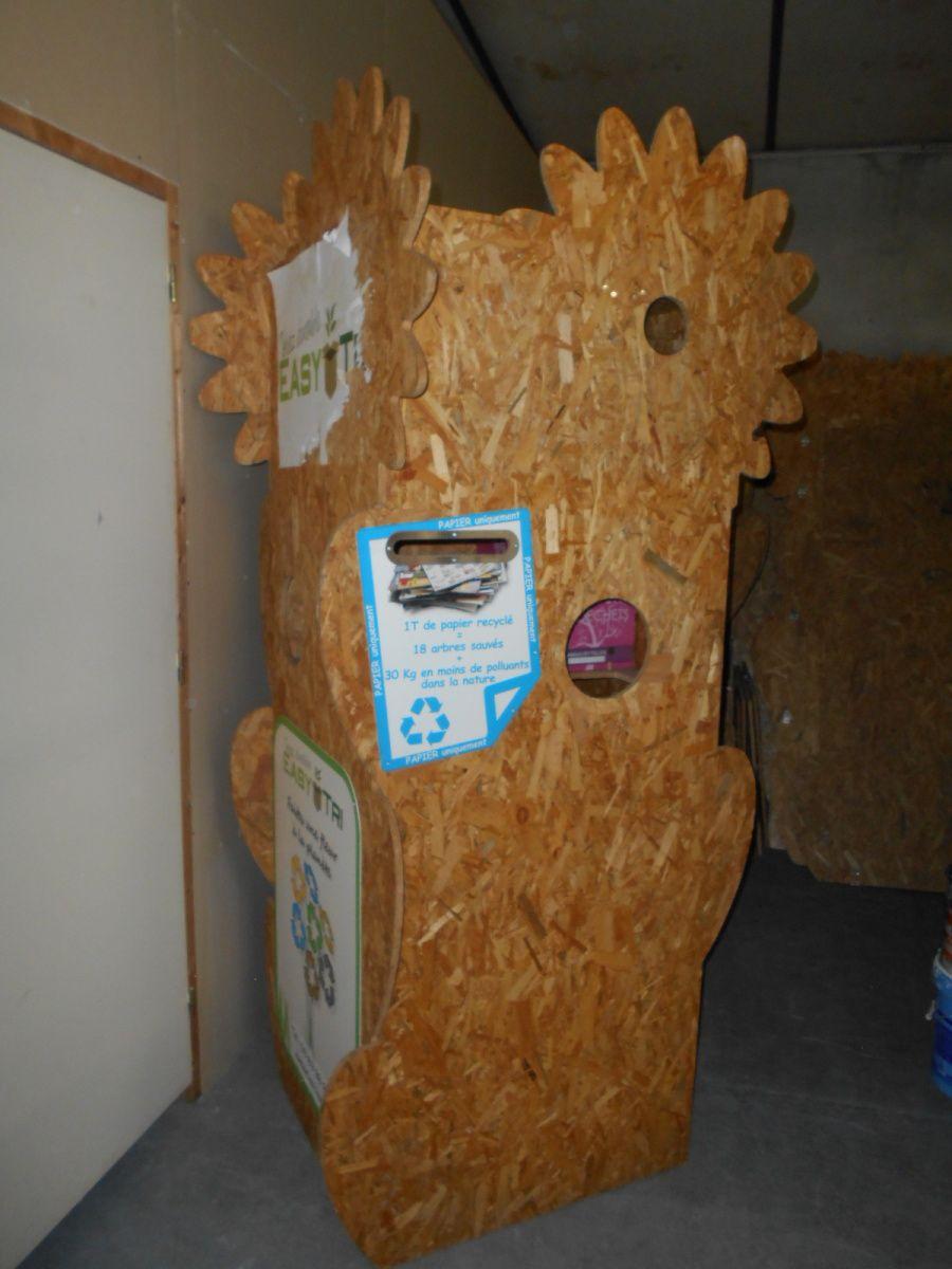 L'easy tree pour récupérer les déchets dans vos salons et autres manifestations (en cours de redesign)